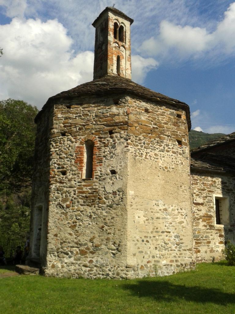 San Lorenzo, battistero