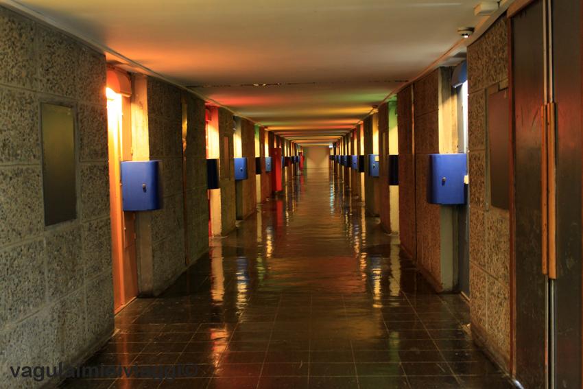 il corridoio che porta agli appartamenti